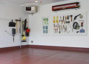 så städar och organiserar du ditt garage